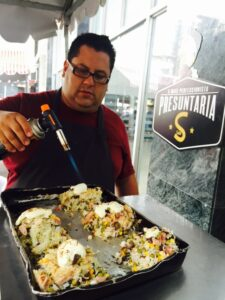 Jaime Solares fazendo um arroz de forno maaara, com produtos Sadia!